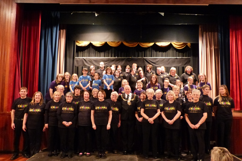 Drama club joins Blend singing group on stage