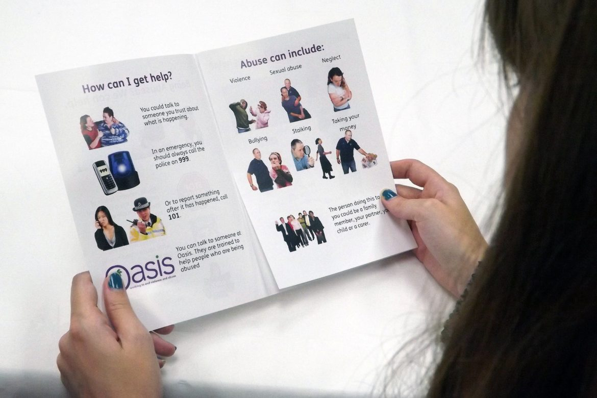 Easyread Leaflet - Domestic Abuse